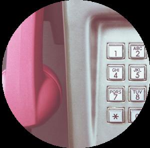 I biglietti da visita sono superati come una cabina del telefono? No, sono molto utili ancora oggi. Scopri come crearli e personalizzarli.