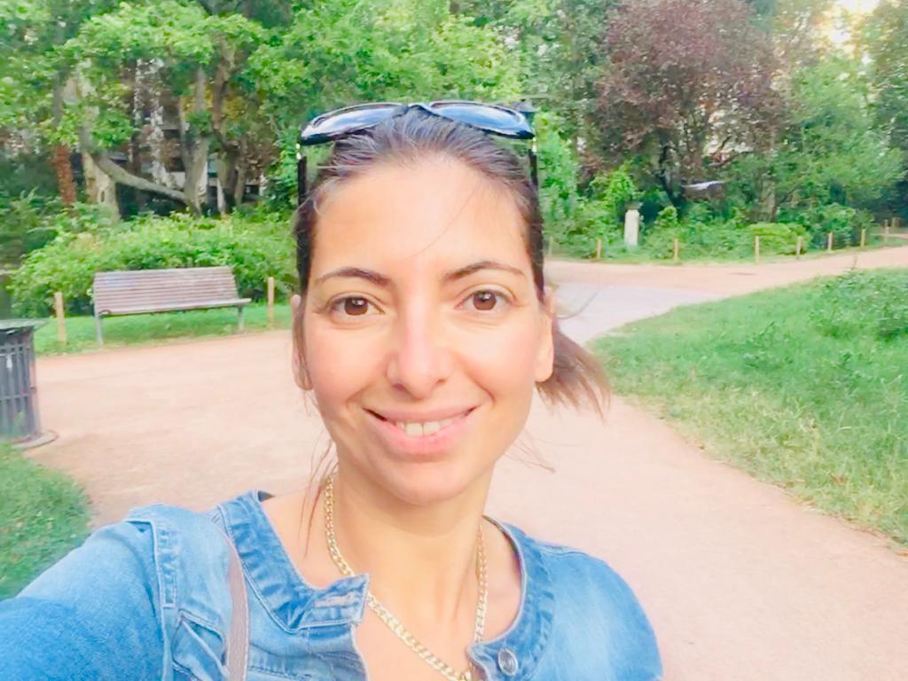 Silvia Cossu racconta la sua esperienza da freelance, offre consigli per il lavoro da freelance e per chi vuole auto promuoversi online